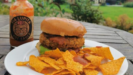 tia lupita-hot sauce aldi bean burger